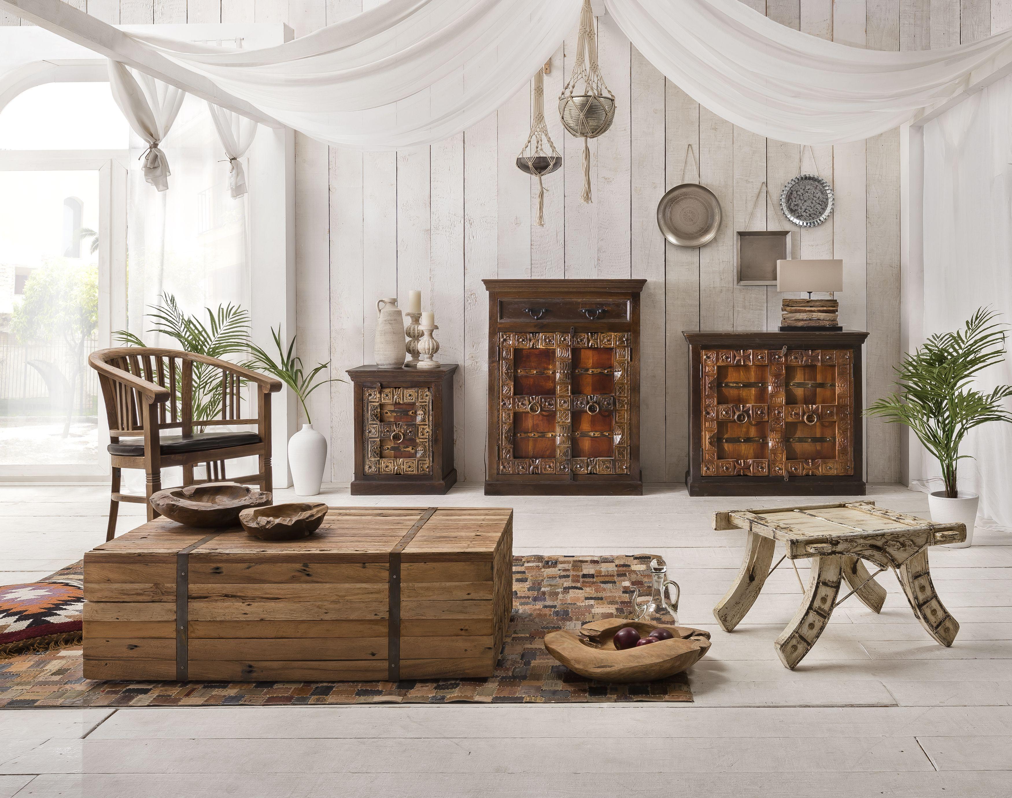 Sit Kommode 2-türig Almirah aus recyceltem Holz