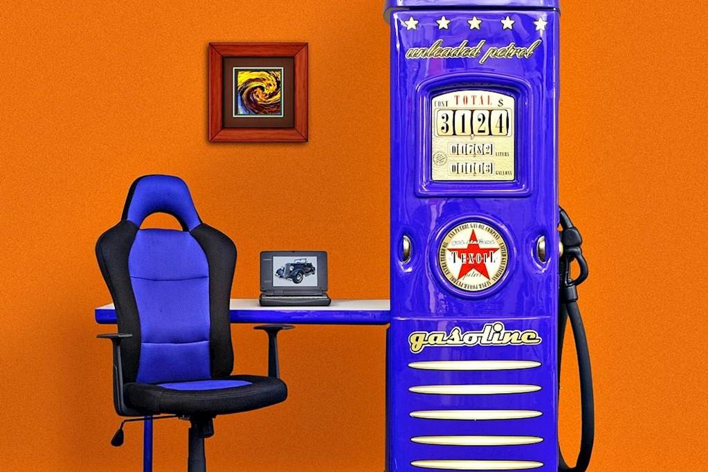 Tankstellen Kleiderschrank in Blau mit Schreibtisch