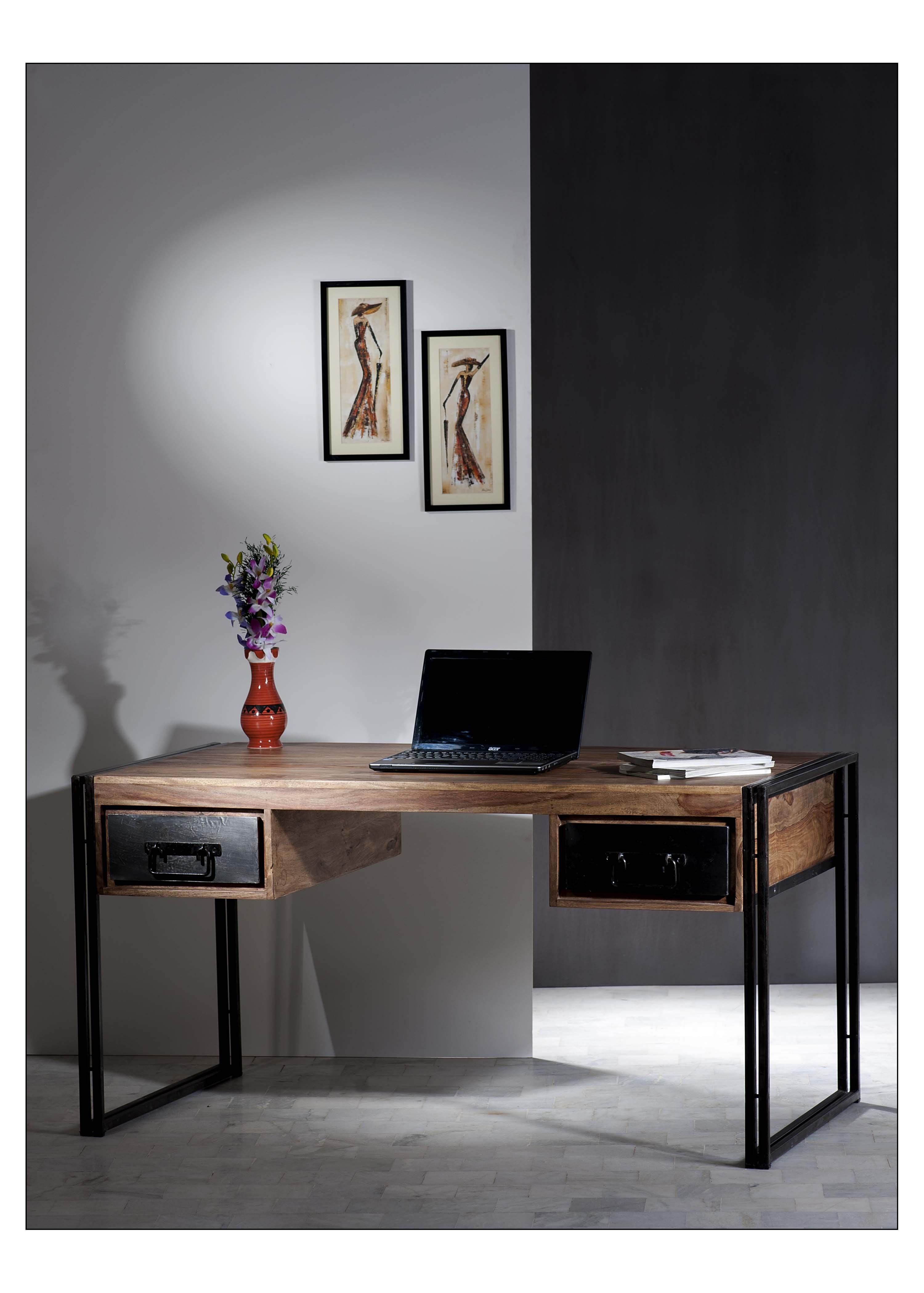 Schreibtisch Pontem 150x80 aus Sheeshamholz